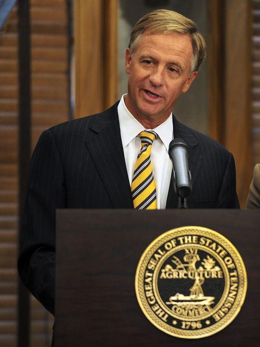 governor haslam speaking at podium